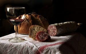 vin des Cotes du Rhone à déguster à l'apéritif